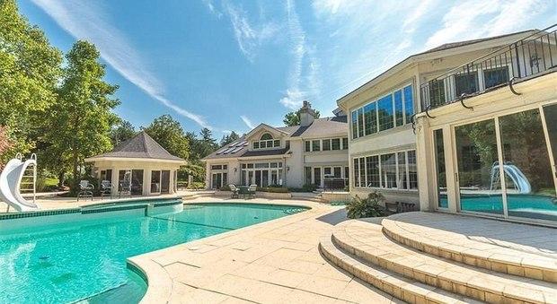 immagine Eminem vende la sua villa di Detroit alla metà di quanto la pagò nel 2003