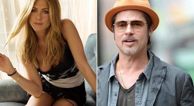 Jennifer Aniston compie 50 anni e festeggia con Brad Pitt