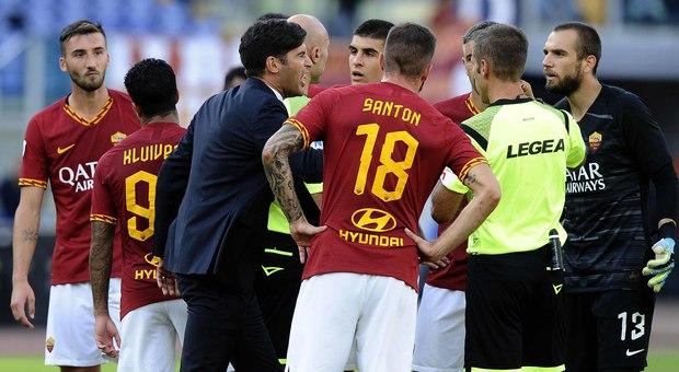 Fonseca contro Massa al termine del match contro il Cagliari (foto FRAIOLI)