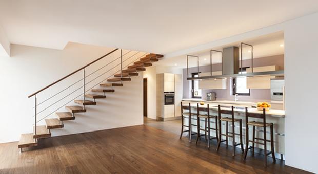 Appartamento duplex: cos'è e consigli su come arredarlo al meglio
