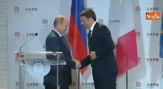 Quando Renzi disse a Putin: «L'Italia vincerà i Mondiali in Russia»