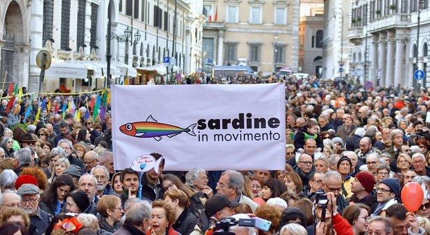 Sardine in piazza a Roma: «A Conte chiederemo di abolire i decreti Salvini sui migranti»