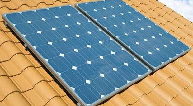 immagine L'impianto fotovoltaico diventa invisibile grazie alle tegole fotovoltaiche