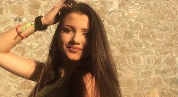 Aurora Graziani morta a Viterbo, è giallo. Il medico: «Stava bene». Previsti gli esami tossicologici