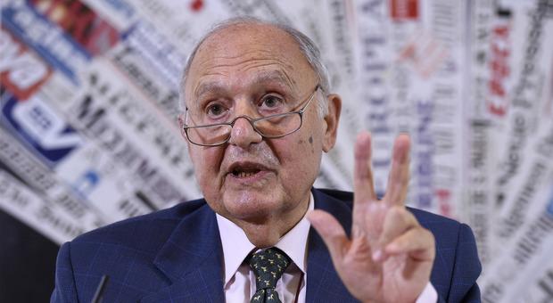 Def, Savona: 'Scontro Italia Ue? Deciderà il popolo'