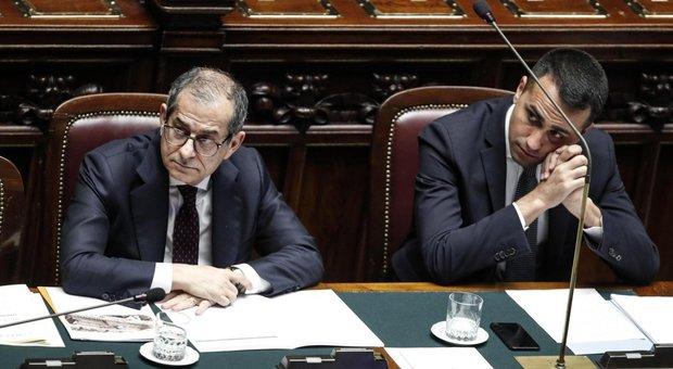 Iva, Tria: aumento confermato in attesa di alternative. Stop di Di Maio e Salvini