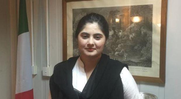 Rientra in Italia trattenuta in Pakistan