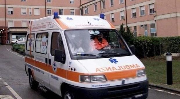 Ancona, paziente di 7 anni al Salesi con la febbre alta: partono le analisi per il
