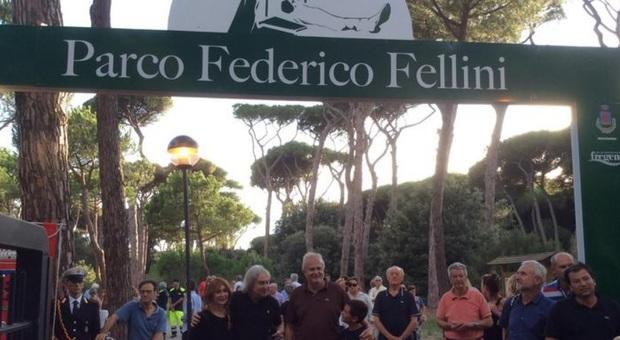 Fregene, la pineta di Fellini sarà ampliata di cinque ettari: verranno piantati 6 mila alberi
