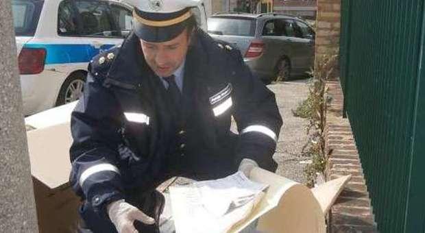 polizia municipale controlli cassonetti rifiuti