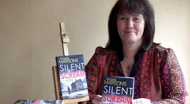 Il premio Bancarella all'autrice di thriller britannica Angela Marsons