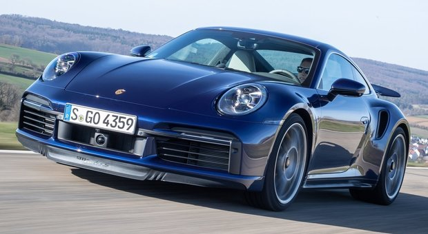 La nuova Porsche 911 turbo S