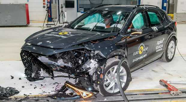 La Formentor dopo il crash test