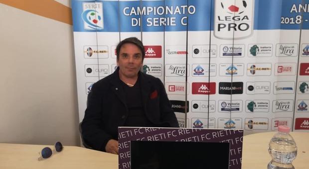 Il tecnico Capuano nella sala stampa dello Scopigno