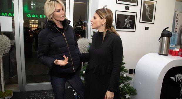 Nathalie Caldonazzo con un'amica (foto Fracassi/Toiati)
