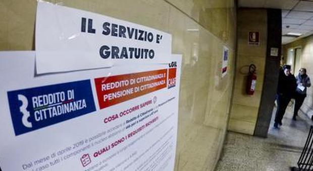 Reddito, accolte 674mila domande: importo medio 540 euro, pensioni di 210 euro