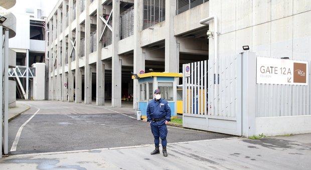 Coronavirus Lombardia, Fontana: «Ospedale in Fiera Milano, lavori accelerano». Ma mancano i respiratori