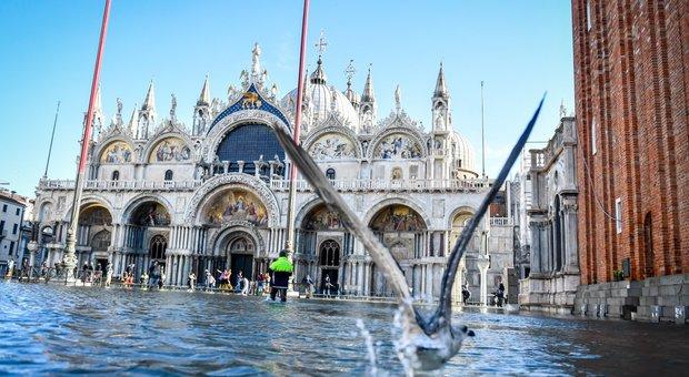 VENEZIA Acqua alta in piazza San Marco