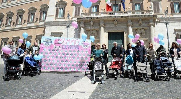 Da Salvini alla Carfagna, quanto piace ai politici la festa della mamma