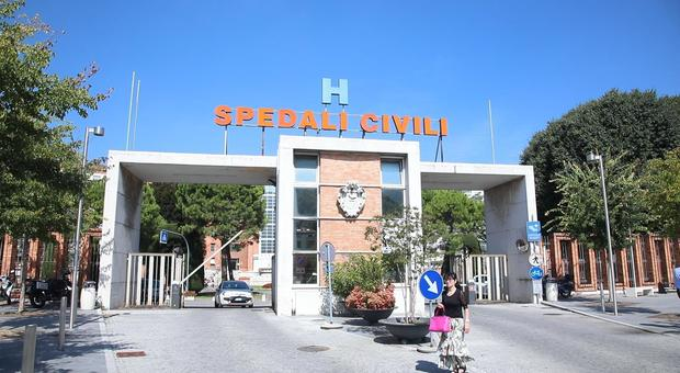 Bimba morta per un'otite a Brescia: «Poteva essere salvata»