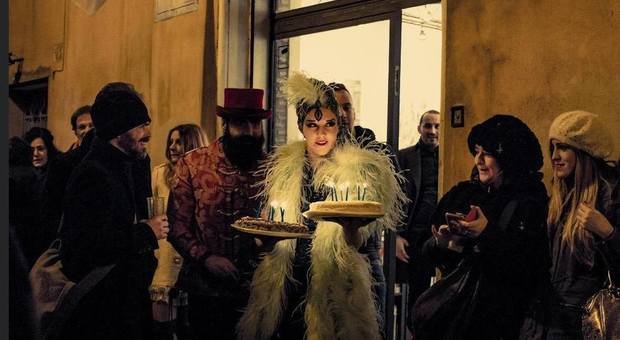 Madame De Freitas alla parata celebrativa