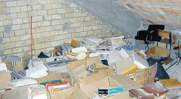 La soffitta con accesso esclusivo può essere trasformata in abitazione