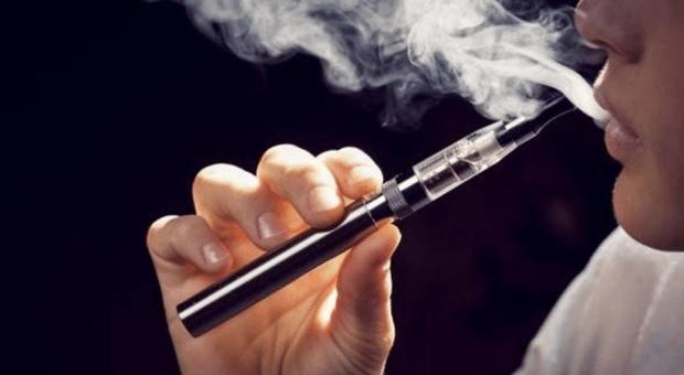 Fumo, ritirato lo studio che associava le sigarette elettroniche al rischio infarto