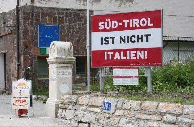 Bolzano cancella l'Altro Adige. Messner dice sì: «Ci sentiamo sudtirolesi, non altoatesini»