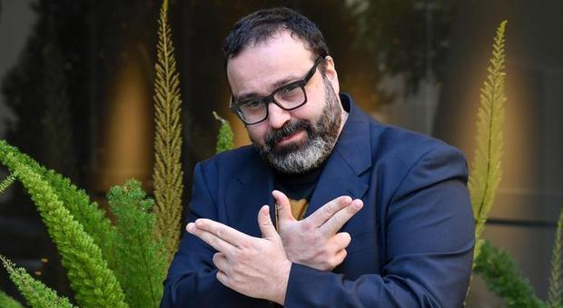 Massimiliano Bruno a Le Lunatiche: «Una volta gli artisti erano maestri, ora è il pubblico a dettare le condizioni»
