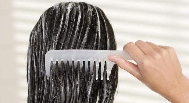 Balsamo per i capelli causa infezioni e irratazioni: ritirato dal commercio