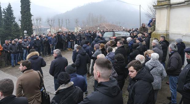 Fontanafredda di Cinto Euganeo, funerali di Simone Sinigaglia