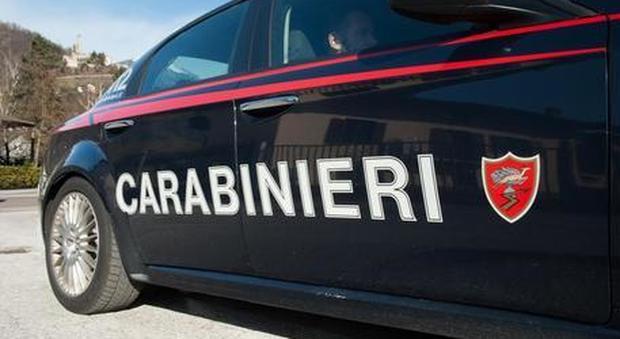 Parma, molesta una 12enne e si spoglia in mezzo alla strada: arrestato