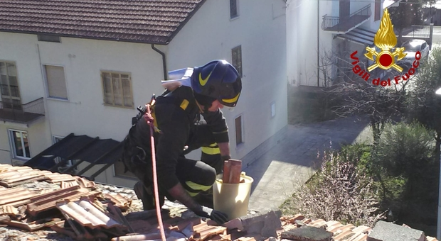 Danni causati dal vento forte: anche oggi più di 100 interventi dei vigili del fuoco in tutte le Marche
