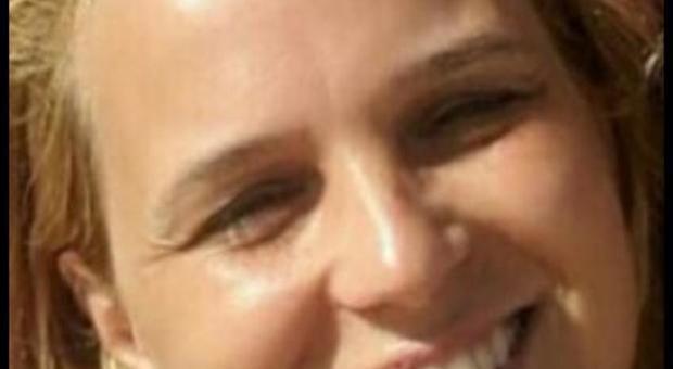 Roma, Antonella muore a 46 anni sconfitta dal male: Rinascente in lutto