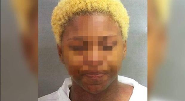 Diciassettenne uccide la compagna di scuola davanti a tutta la classe: «L'accoltellava e rideva»
