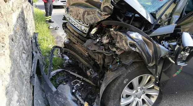 Guasto elettrico, la moglie muore nell'incidente, l'ex primario: «Farò causa alla Rover»