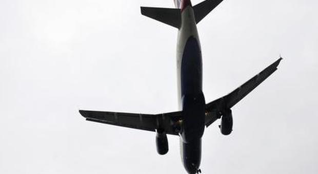 Muore passeggero in aereo: atterraggio di emergenza a Dubrovnik per volo da Dusseldorf all'Egitto