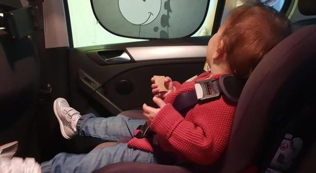 Bimbo dimenticato in auto? In Toscana l'app Nido Sicuro avverte i genitori