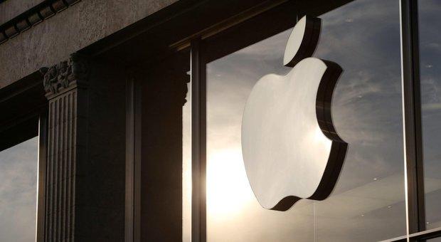 «Arrestato per colpa di Apple», 18enne fa causa per un miliardo didollari