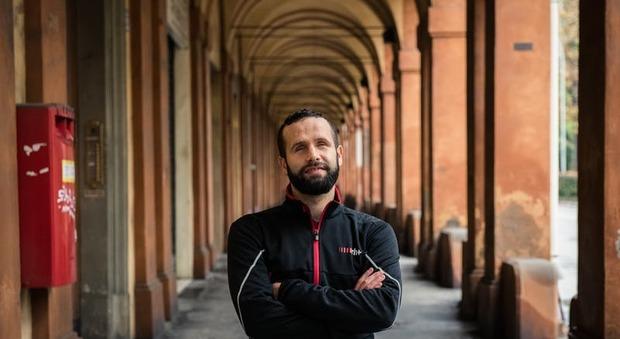 Davide Valacchi, 27 anni, partirà da Roma per il suo viaggio in tandem fino a Pechino