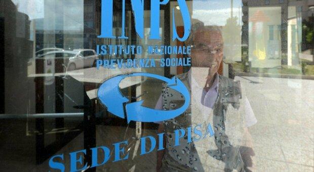 Inps, corsa ad ostacoli per lo Spid: esclusi 12 milioni di pensionati