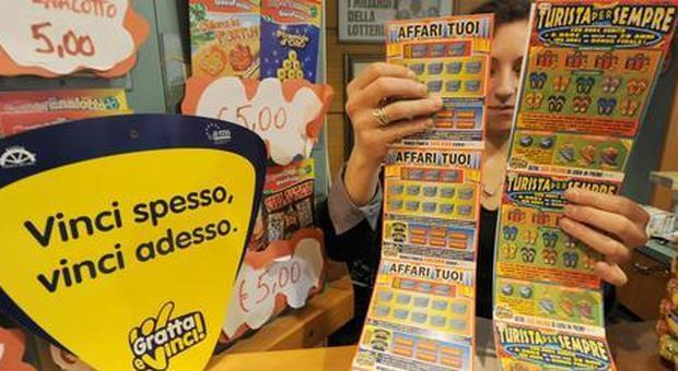 Gratta e vince 2 milioni di euro: caccia al misterioso fortunato