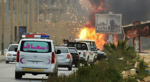 Tripoli ferma l'avanzata di Haftar. Guterres tenta la mediazione