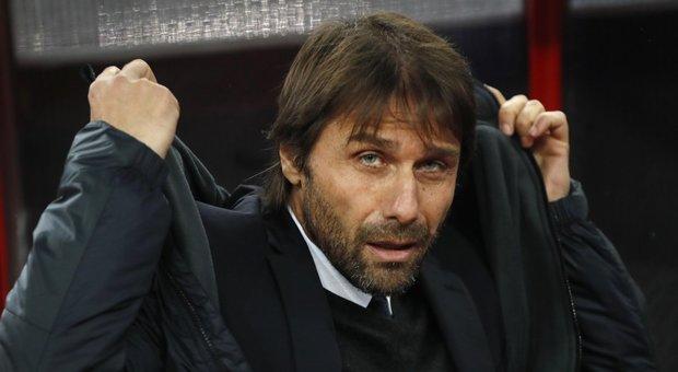 Il Tempo - La Roma stringe per Conte, ma occhio alla Juventus