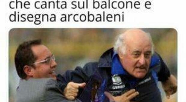 Uno dei tanti meme su Mazzone e la sua folle corsa con il Brescia riprodotti sul web