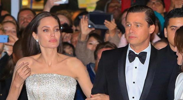 Angelina Jolie e Brad Pitt di nuovo insieme? L'indiscrezione: «Lei lo rivuole»