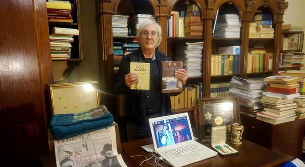 L'avvocato Arcangelo Papi nel suo studio di Assisi
