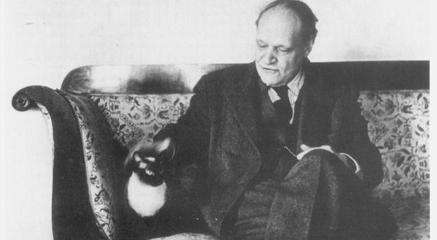 Con la gatta Kiki negli anni 50