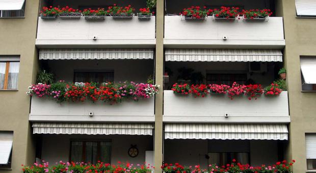 Balconi Esterni Condominio : Il rifacimento dei balconi spetta ai proprietari