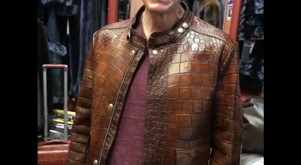 Rubate due giacche di coccodrillo, colpo da 120.000 euro nello showhroom a Milano